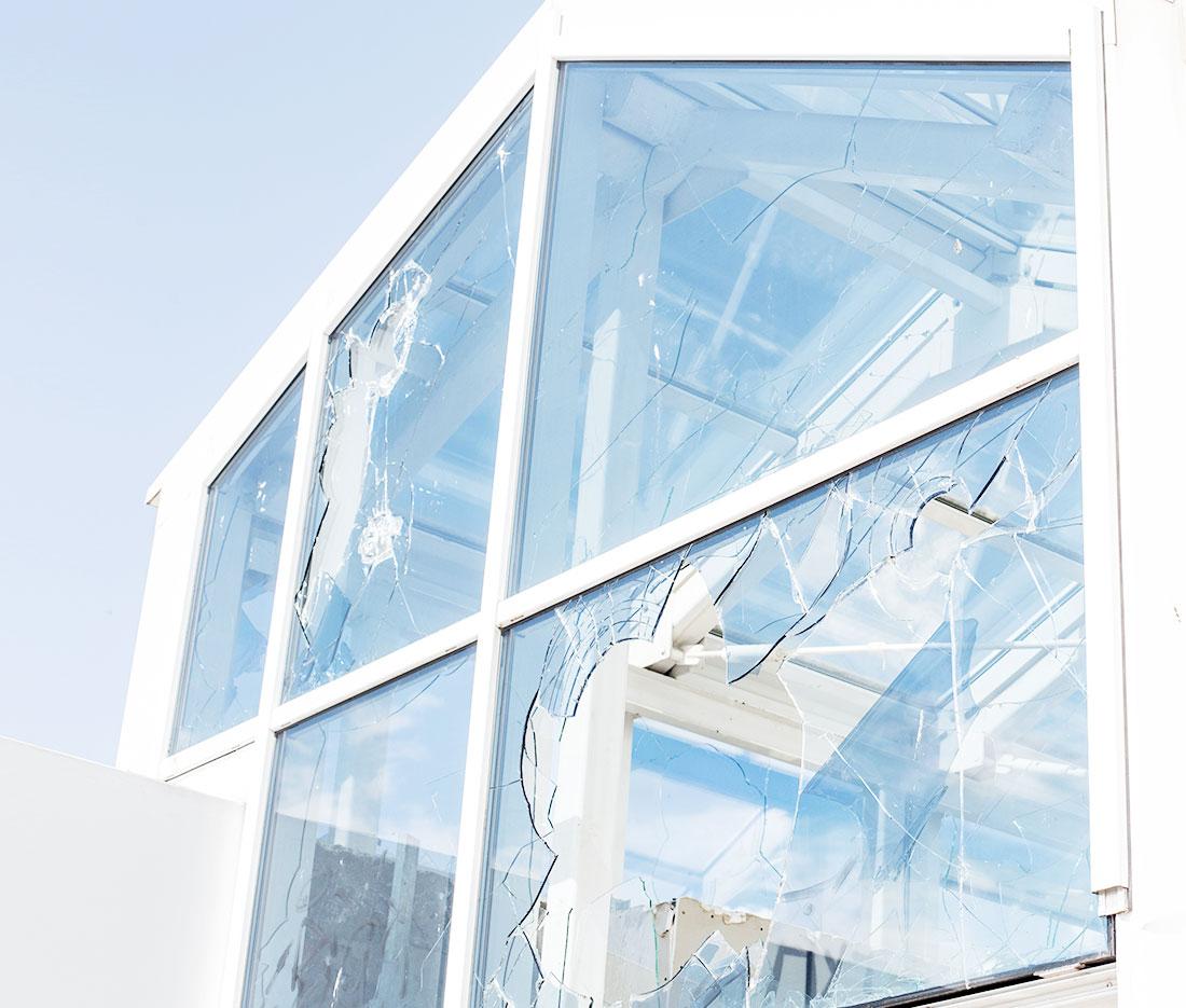 Sky Windows Glass Replacement Close Up